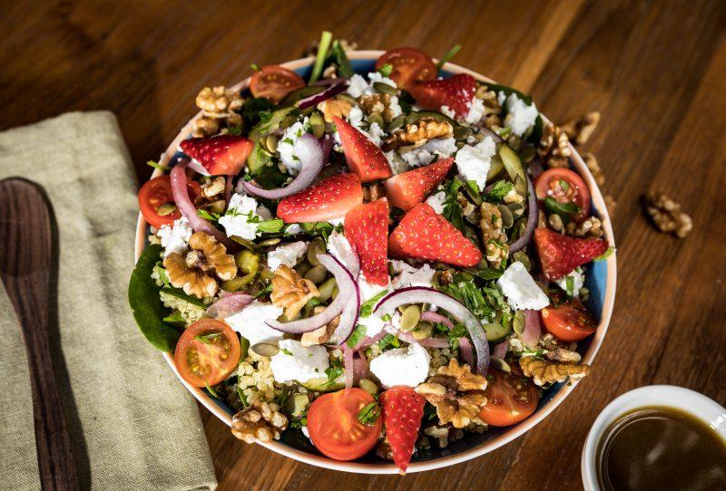 Ensalada de queso de cabra Moos Salads