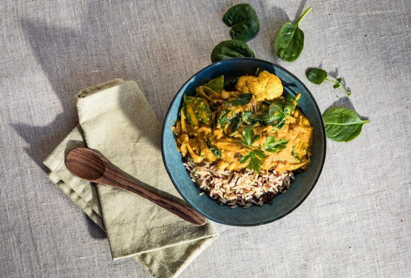 Curry amarillo de garbanzos Moos salads